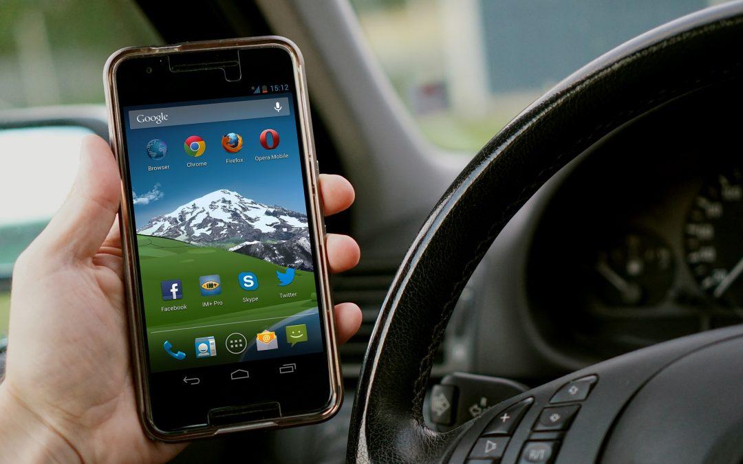 Les trucades de telèfon en el cotxe poden resultar cares