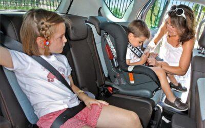 La importancia de la sillita infantil en el coche