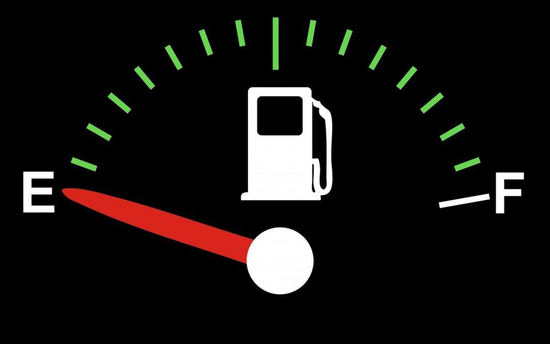 ¿Dejas que tu depósito llegue a la reserva de combustible?